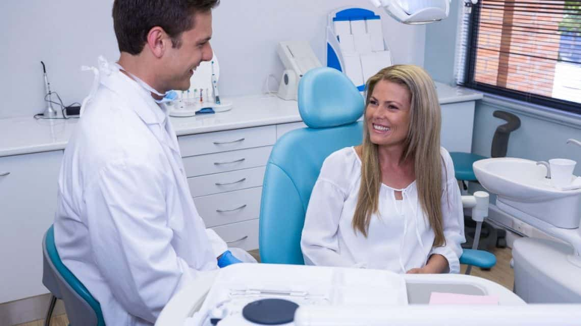 cosmetic dentist in hicksville ny