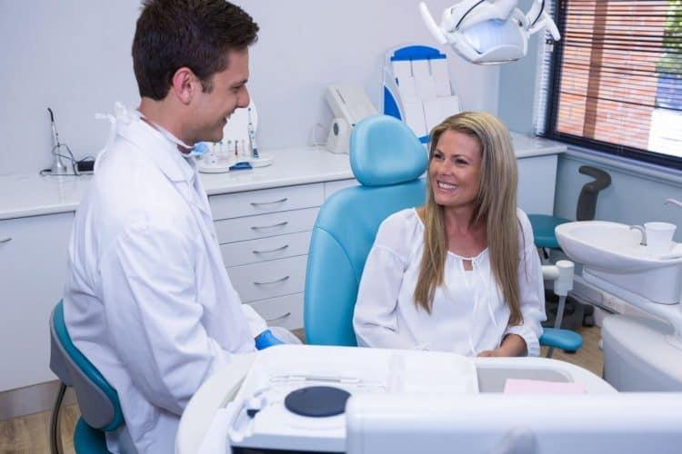 cosmetic dentist in hicksville ny