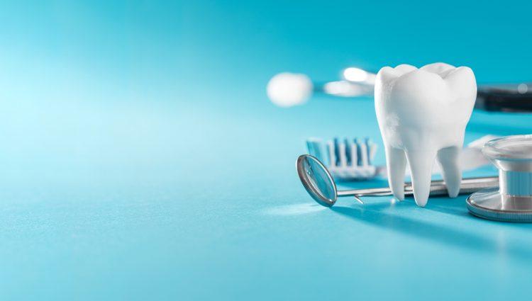 Hicksville dentist